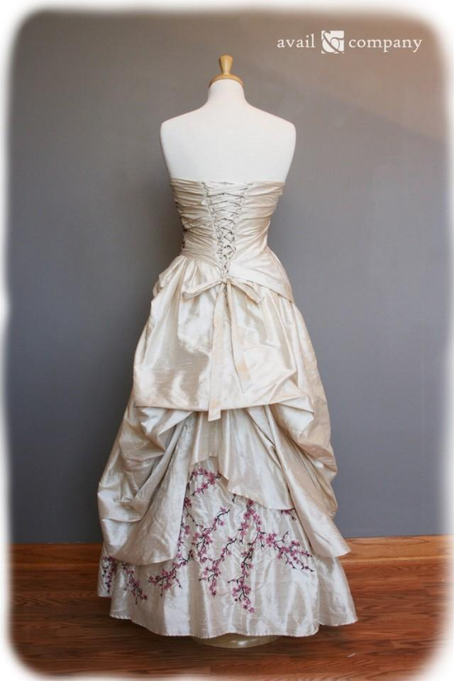 Wedding Dresses  Made In : Wedding dress pink and brown on pearl silk duppioni custom made