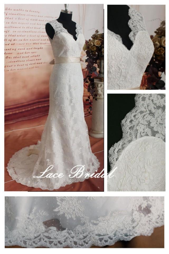 Weddinggown vintage lace wedding dress bridal gown for Deep v back wedding dress