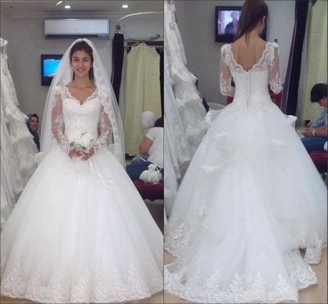 Ball Gown Wedding Dresses With Lace Back : Vintage long sleeve wedding dresses v neck covered