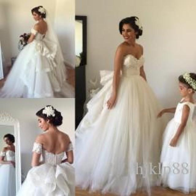 2015 A Line Wedding Dresses With Detachable Train Sweetheart Beaded Lace Fluffy Backless Wedding
