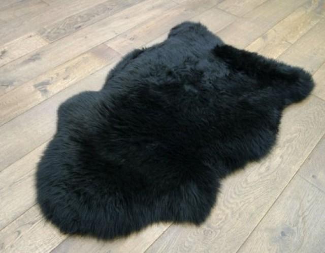 wedding photo - Sheepskin Rug One Pelt Black Fur 2x3