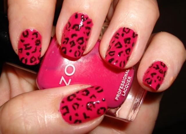 wedding photo - Bright pink leopard