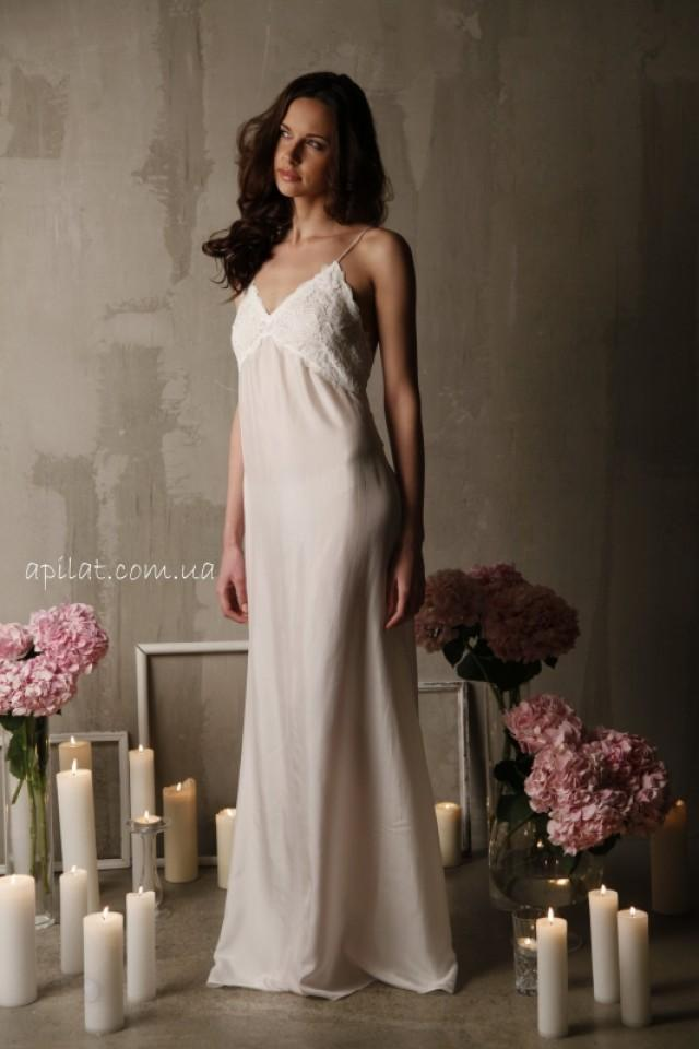 wedding photo - silk nightgown F-12