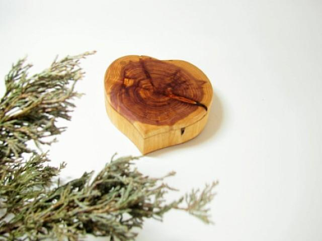 Heart shaped wood ring box wedding ring pillow box for Heart shaped engagement ring box