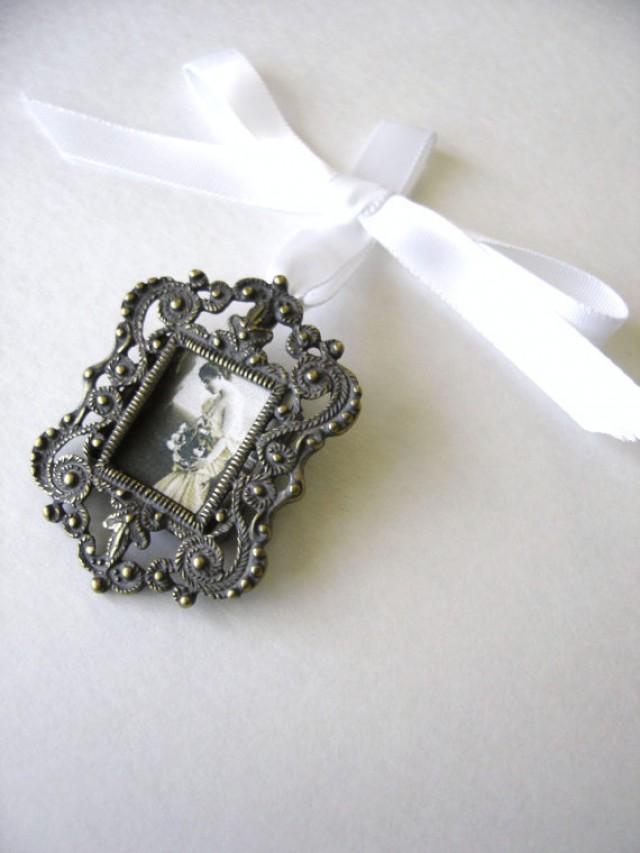 Bridal Bouquet Locket Charm : Bouquet charm wedding keepsake bridal accesory photo