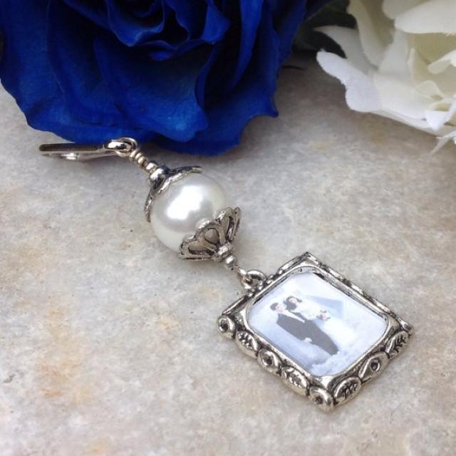 wedding bouquet charm memorial photo charm with white shell pearl