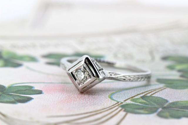 wedding photo - Antique Engagement Ring