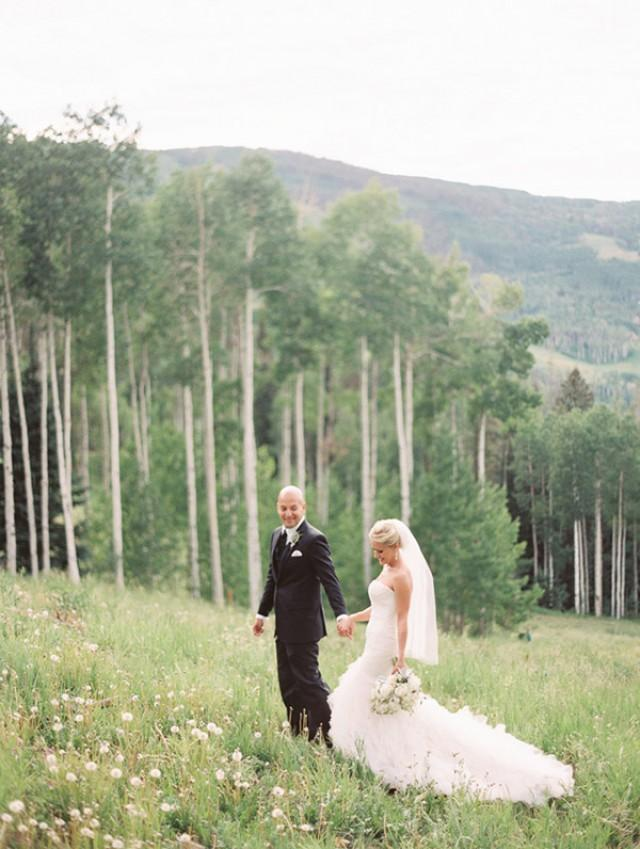 Beaver creek wedding at allie 39 s cabin weddbook for Allie s cabin beaver creek