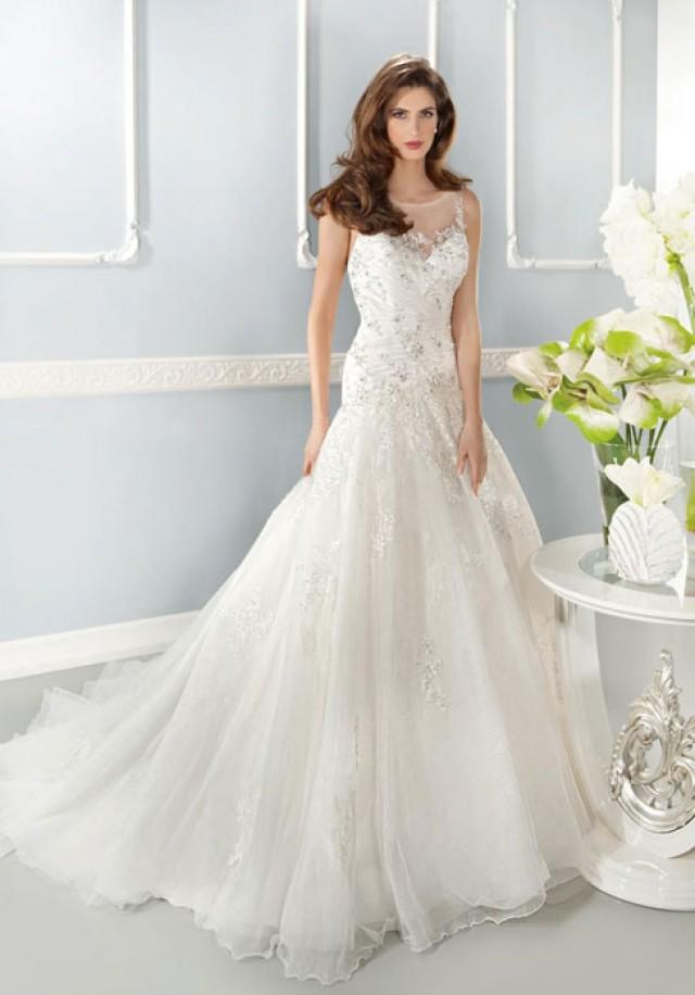 wedding photo - Natural Waist Scoop Tulle,lace A-line V-back Wedding Dress
