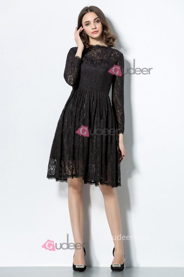 Three quarter sleeve scalloped neck a line knee length for Wedding dresses with three quarter length sleeves
