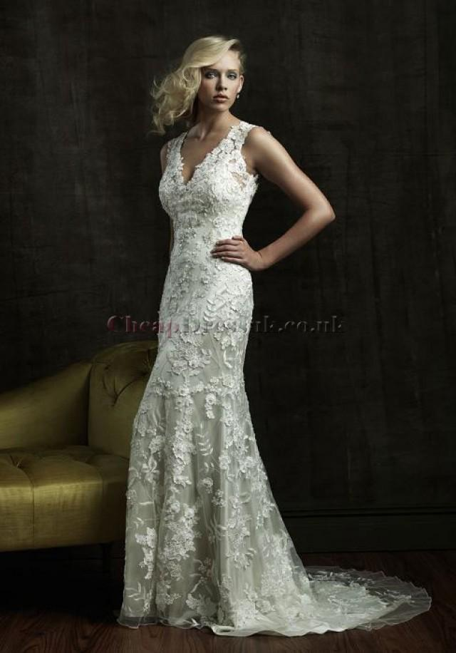 Lace sheath column v neck sleeveless natural waist court for Cheap lace wedding dresses uk