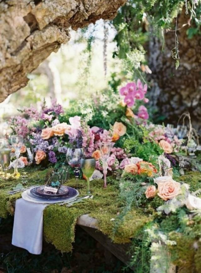 35 dreamy woodland wedding table d cor ideas weddingomania weddbook - Chemin de table fleurs naturelles ...