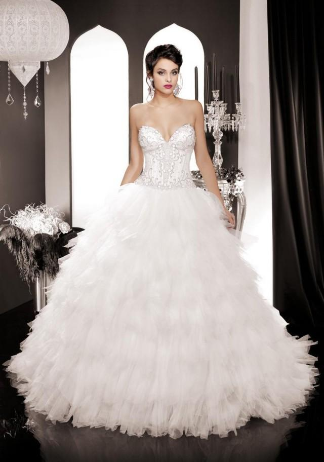 2015 Romantic Beading Wedding Dresses Sweetheart Cascading Ruffle Vestido De Novia Wavy Tulle