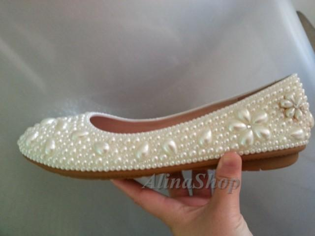 81d00427f87291 ivory flat shoes pearl flowers bridal flat shoes. prom flat shoes handmade  custom wedding flat shoes bridesmaid flat shoes flats wedding