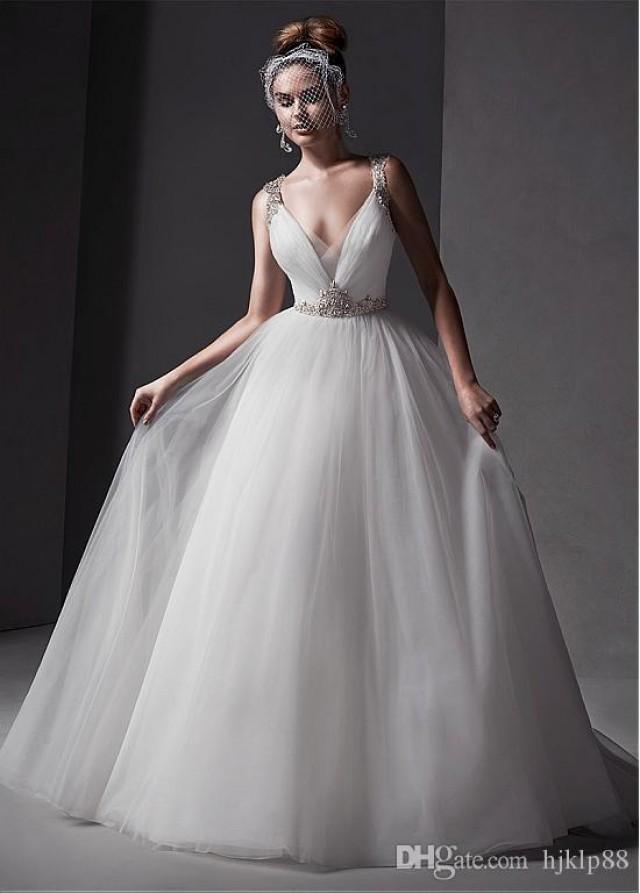 2015 new gorgeous tulle v neck neckline natural waistline for Wedding dresses for large hips