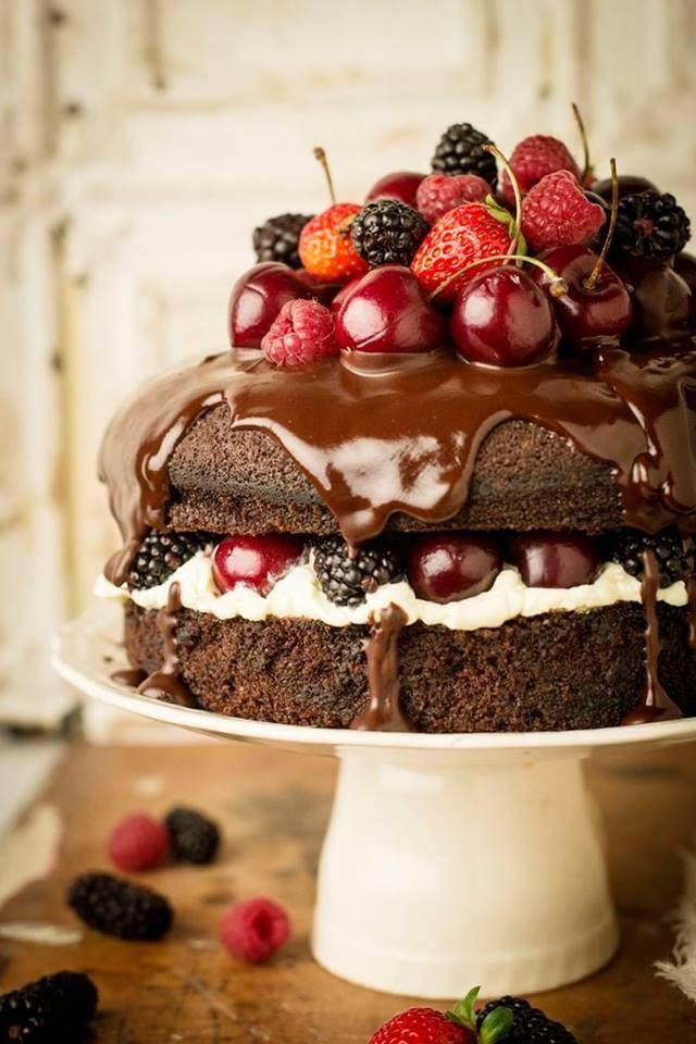 wedding photo - Wedding cake!