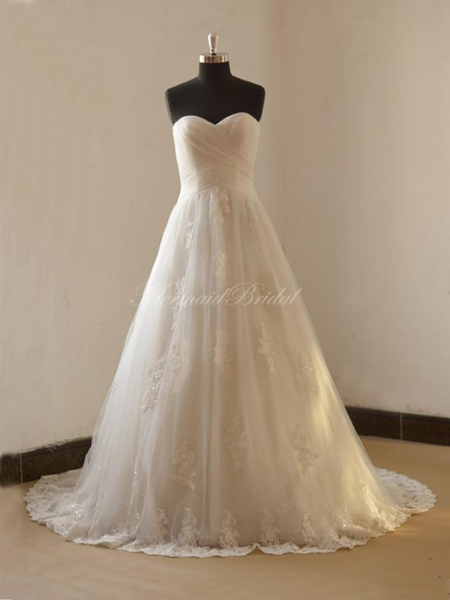 Romantic a line lace wedding dress with sweetheart for A line wedding dresses sweetheart neckline
