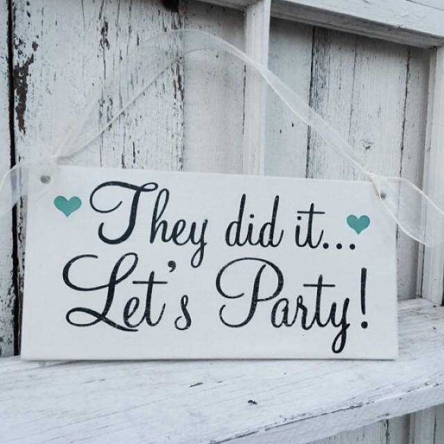 wedding signs flower girl ring bearer 6x12 they did it let 39 s party 2294831 weddbook. Black Bedroom Furniture Sets. Home Design Ideas