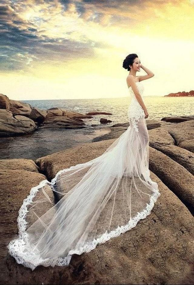 2015 summer beach sheath see through sexy wedding dresses for Strapless summer wedding dresses