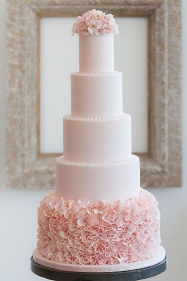 f029b09f418b 35 Trendy And Fancy Textured Wedding Cakes
