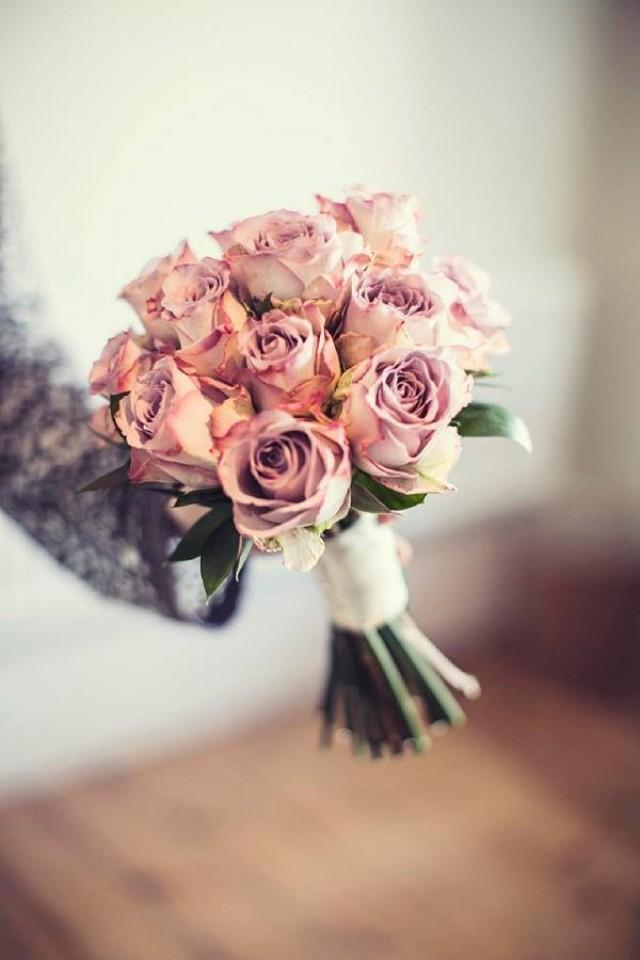 wedding photo - Beautiful bouquets!