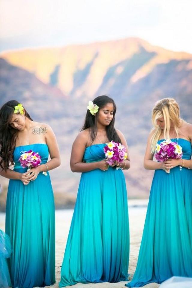 30 Romantic Blue Beach Wedding Ideas | Weddingomania - Weddbook