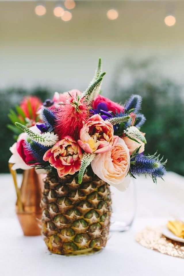 Pineapple Wedding Decor A Pinterest Approved Trend You 39 Ll