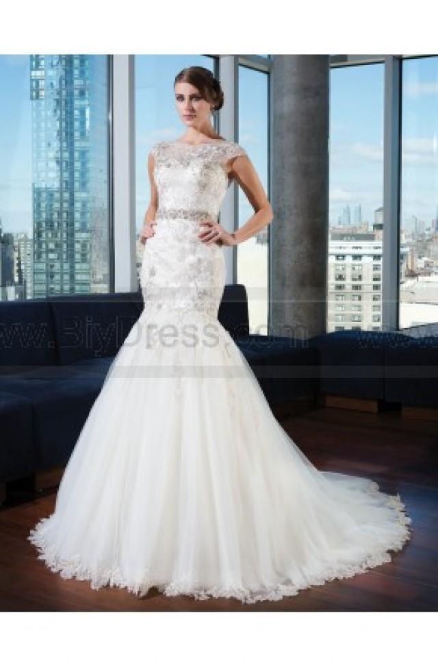 Justin Alexander Signature Wedding Gown 9732