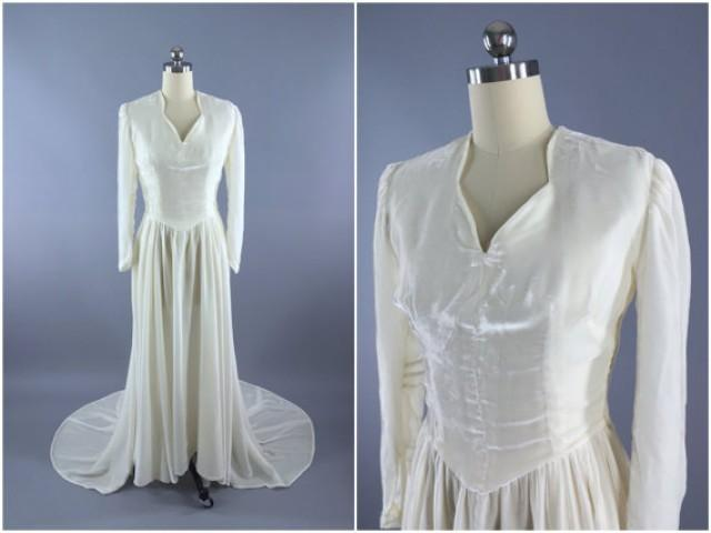 Vintage 1930s wedding dress ivory silk velvet bridal gown for Winter vintage wedding dresses