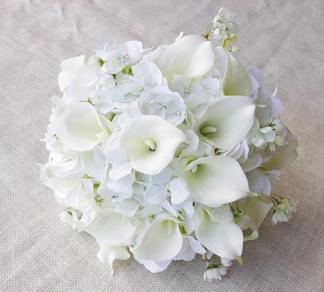 Wedding Bouquets Fresh Flowers : Wedding bouquet off white hydrangeas and calla lilies silk flower bride almost fresh