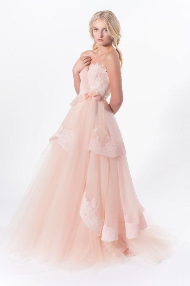 Swan song romantic silk organza and tulle wedding gown for Tulle and organza wedding dresses