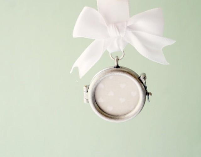 Bridal Bouquet Locket Charm : Bouquet charm wedding pin photo frame locket