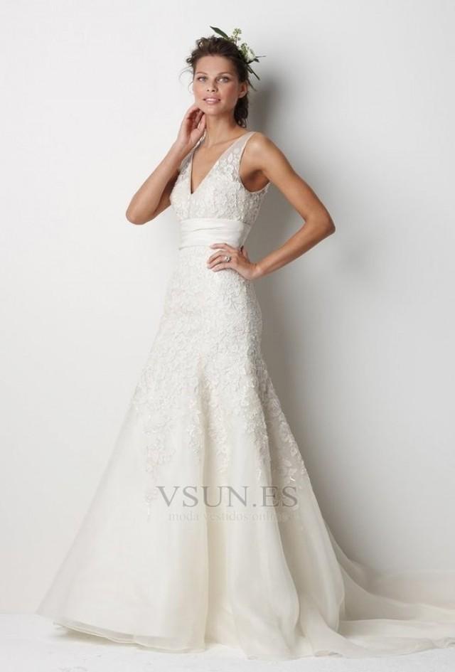 wedding photo - Vestido de novia Escote en V Capa de encaje Corte-A Imperio Cintura