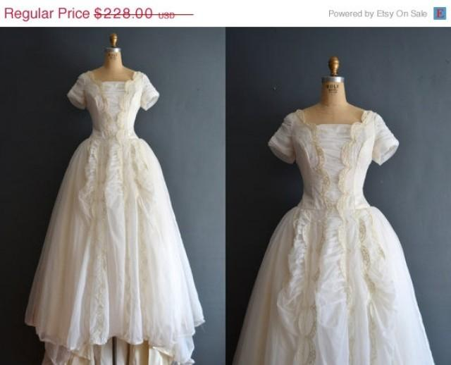 Sale 40 off aurora 50s wedding dress vintage 1950s for 1950s style wedding dresses for sale