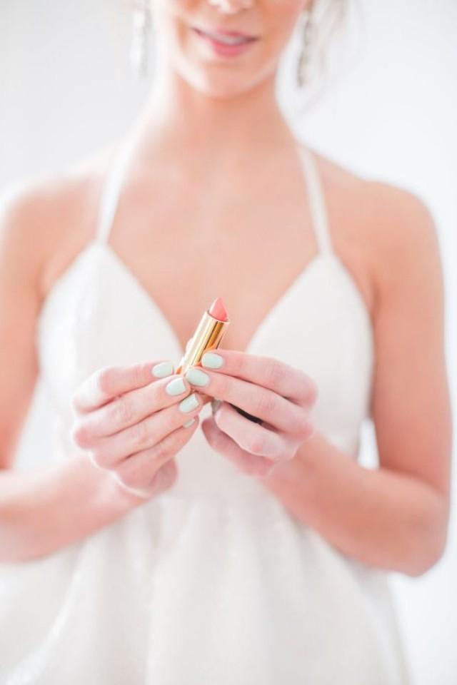 Quick Bridal Makeup : Quick Fixes For The Top 10 Bridal Beauty Emergencies ...