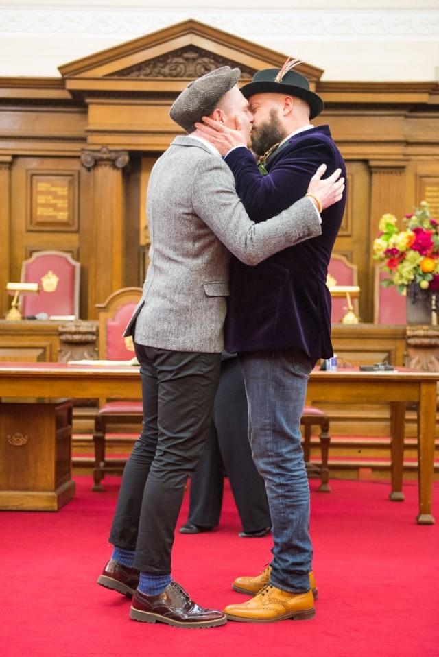 Gay dating north london