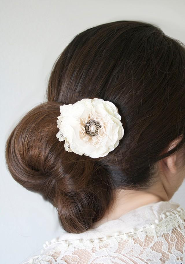 wedding photo - Vintage Pearl Floral Hair Clip - Ivory White Fabric Hair Flower