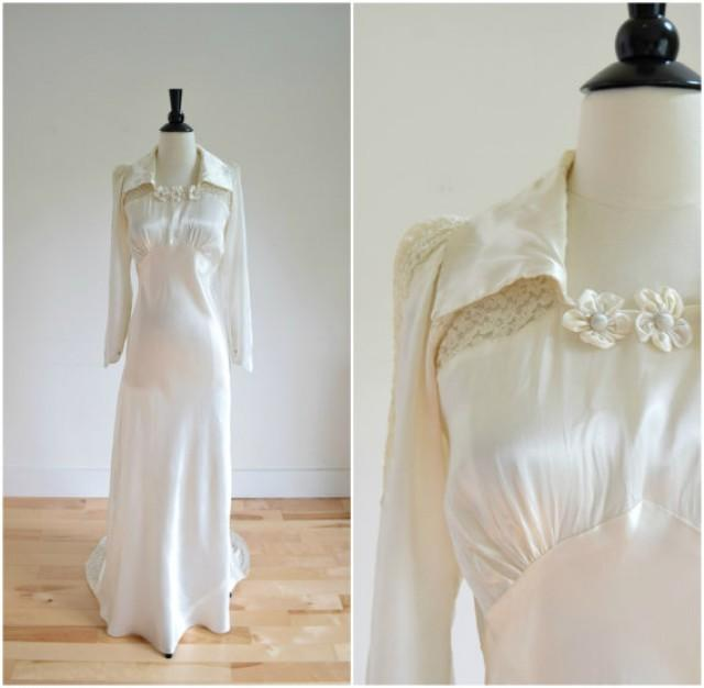 Vintage 1939 Satin Wedding Gown With Lace Insets / Ivory Long ...