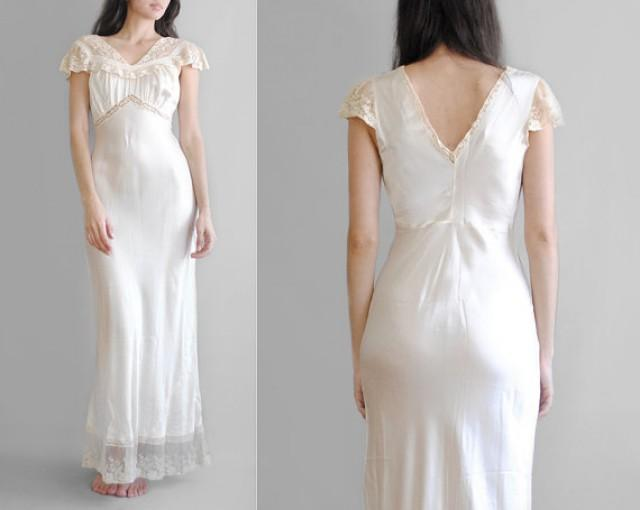 30 39 s silk gown 1930 39 s bias cut nightgown silk for Corset bras for wedding dresses