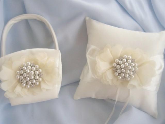 Flower Girl Basket Blush : Flower girl basket and pillow blush pearls