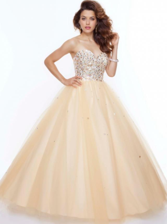 Ball Gown Sweetheart Natural Floor Length Sleeveless Beading ...