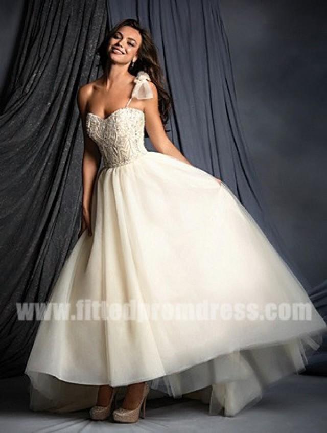 Alfred angelo 2505 single shoulder strap wedding gowns for Wedding dresses one strap