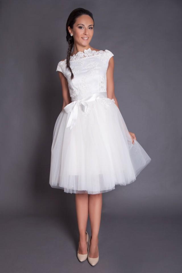 Short Wedding Dress #20 - Weddbook