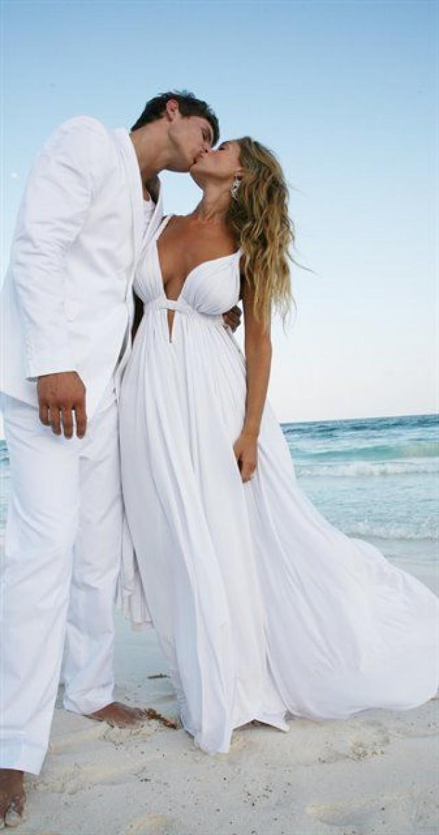 2015 Empire Beach Wedding Dresses With Straps V Neckline White Chiffon Summer Backless Wedding