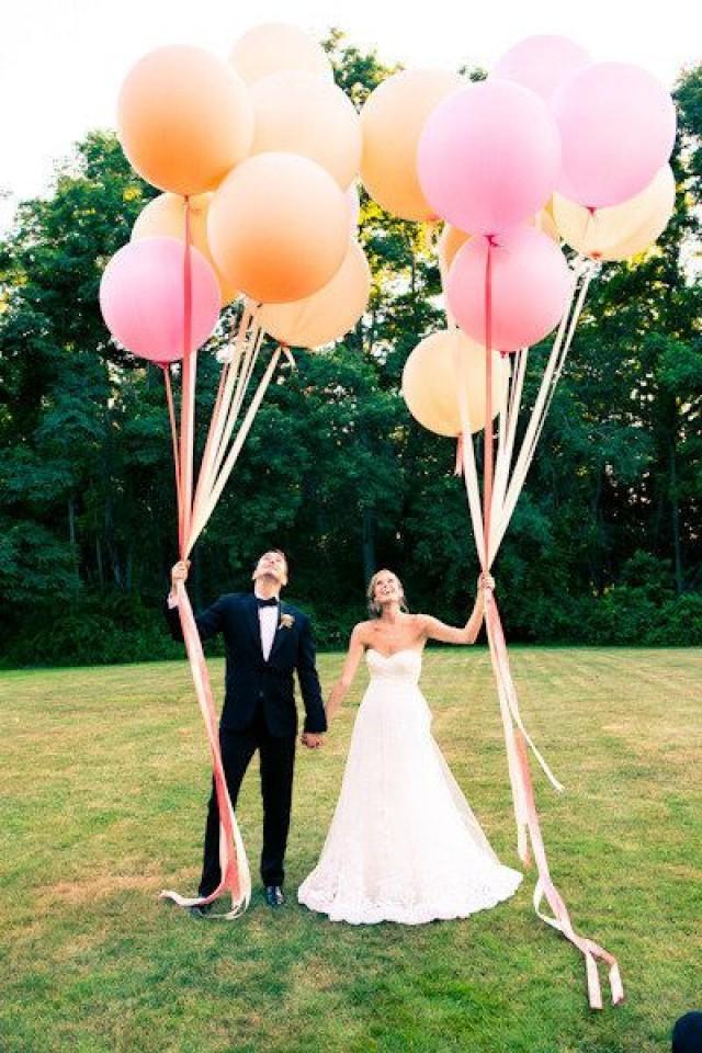Hot balloon wedding