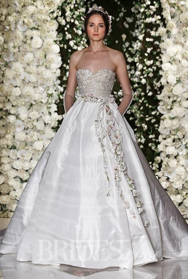 4c0cf2e3d8 Reem Acra Wedding Dresses - Fall 2015 - Bridal Runway Shows - Brides.com