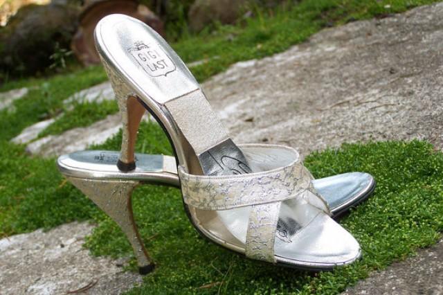 Vintage 50s Gigi Springolator High Heel Shoes-Gold And ...
