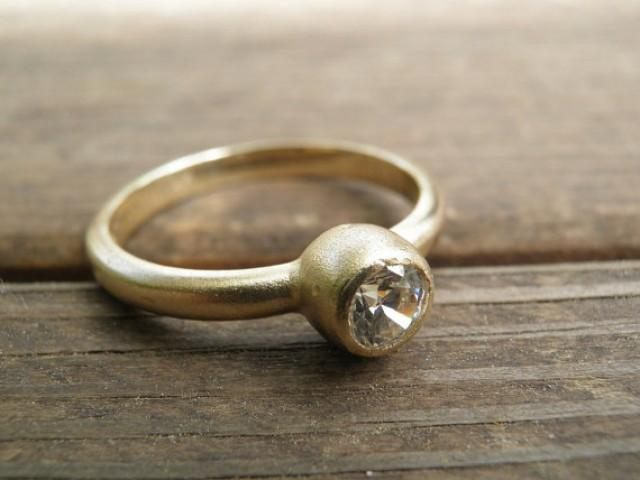 how to clean engagement ring gold