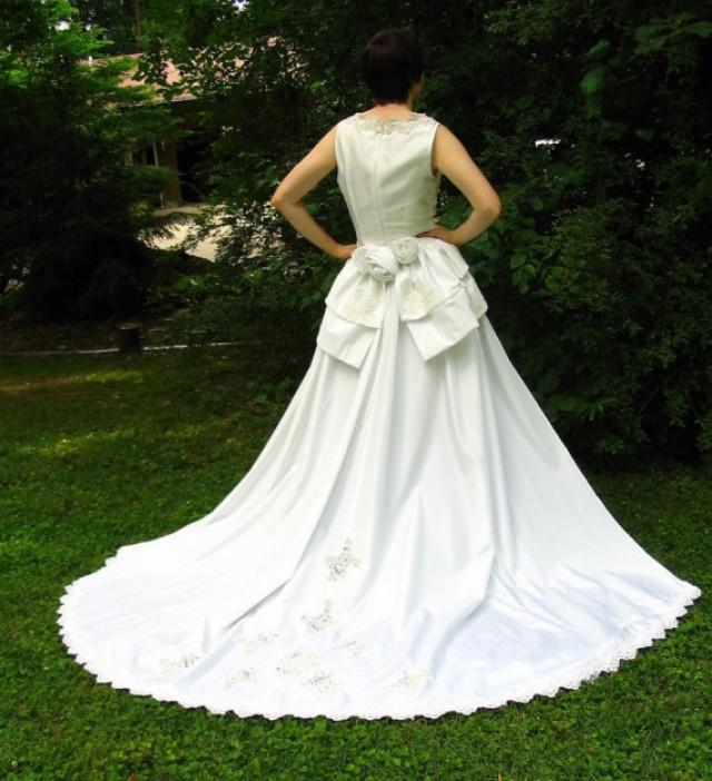 Eco wedding dress with detachable train upcycled for Detachable train wedding dress