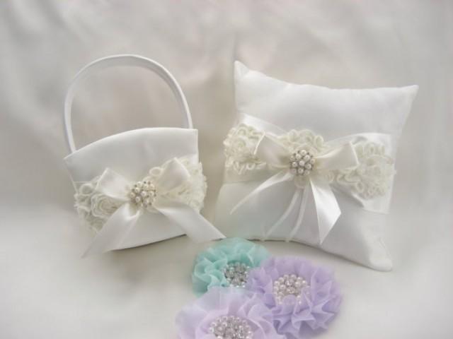 white wedding ring pillow and flower girl basket set shabby chic vintage ivory and cream custom. Black Bedroom Furniture Sets. Home Design Ideas